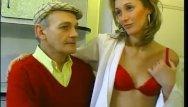 Sexy seducing neighbors - Papy seduces neighbors wife