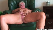 Vintage syroco figures - Full figured granny gives old pussy a workout