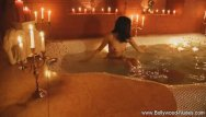 Amateur nude girlfriendz - Bollywood girlfriend is amazing