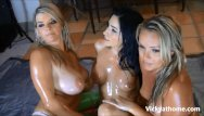 Wet dreams cum true vicky vette Milf vicky vette live 3 girl oil show