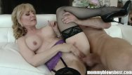 Fuck a woman - Mommybb real mature woman fucking her stepson