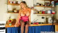 Wilma deering in pantyhose - Mom is cleaning the kitchen in pantyhose