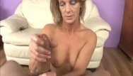 Mature pics naked women over 40 Mature slut pussy rubbing and jerking