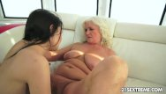 Mature gallery tasteful Anina loves the taste of an old pussy