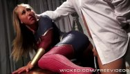 Latex supergirl - Wicked - lex fucks supergirl