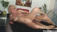 Www sex old women - Old women gets her bald pussy slammed