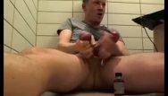 Poppers gay uk - Popper in hotel room