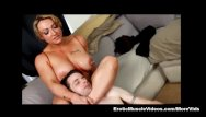 Femdom on free video galleries Eroticmusclevideos lift and carry femdom part 2