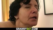 Free mature home sex - He brings old granny home for sex-play