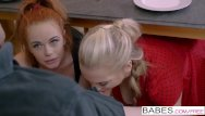 Milf babe blonde - Step mom lessons - ella hughes and rebecca moore share cock