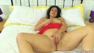 Denver older swingers Spanish milf montse swinger peels off her pantyhose