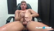 Gay sex computer game Flirt4free - scott simon - blond hottie jerks off in his computer chair