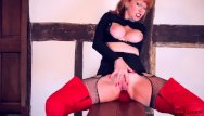 Leather lace xxx video - Milf red finger fucks her tight wet twat in leather gloves