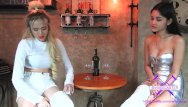 Asian restaurants in king of prussia - Fetisch-concept com - 2 girls with long cast legs in restaurant