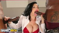 Real penetration - Bangbros - real estate agent veronica avluv gets double penetration