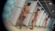 Shower amateurs - Real public showers with hidden cam set inside