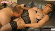 Uk gilf xxx - Letsdoeit - chubby german gilf takes it raw from her neighbor