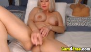 Janina vulva Sexy blonde cutie fucking her vulva with dildo