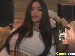 Huge Melons Babe In An Ultra Hot Cam Show