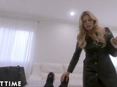 Adult Time Ur Cougar Wifey India Summer Cucks U With 2 Draped Guys