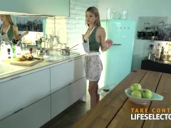 An arousing day with your petite girlfriend Gina Gerson