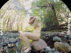 Yanks VR Presents Carmen December's Wet Orgasm