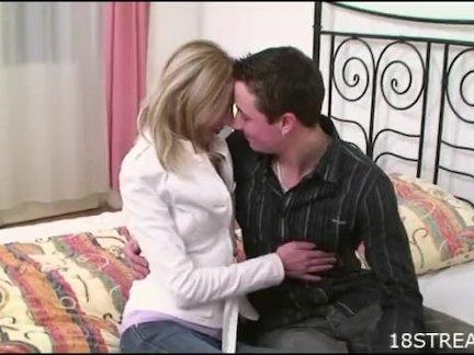 Страстный секс чувака с любовницей