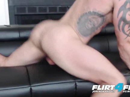 Флиртфри-райкер-мускулистый ебарь с красивым петухом доминирует вы