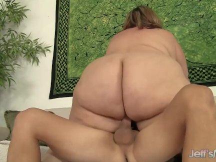 Массивные толстушки эрин зеленый отказов ее огромный член как она наездница жестоко член