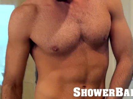 Шовербаит капает мокрая душ шлепки