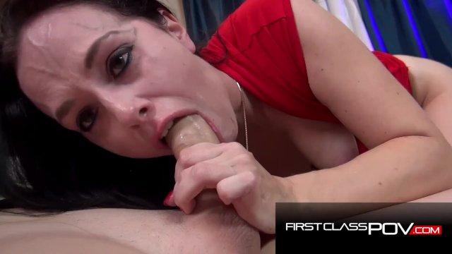 Savannah Fyre loves to sucks your cock - FirstClassPOV