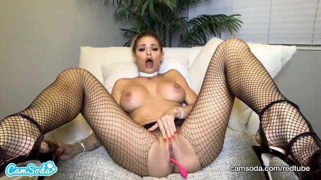 CamSoda - Jessa Rhodes Masturbates in fishnet stockings