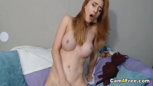 Lovely Babe Plays Her Tits and Pussy