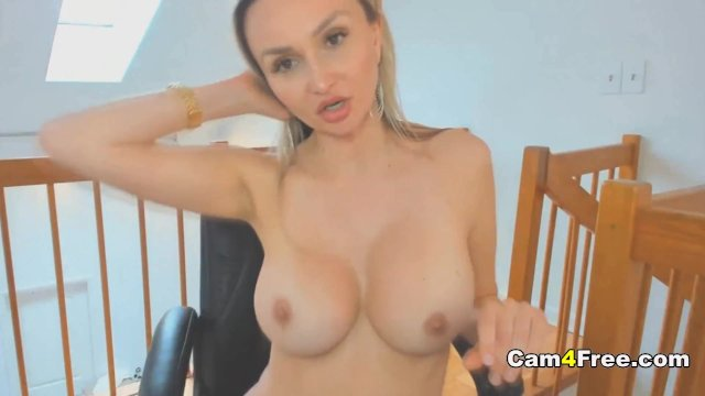 Big Tits Babe Gets Naughty on Live Cam