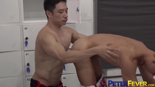 PETERFEVER Asian Hunk GunRyu Fucks Babyfaced Fighter In Gym