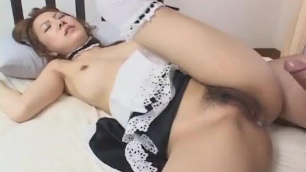 Sensual asian maid yuka koizumi makes a blowjob