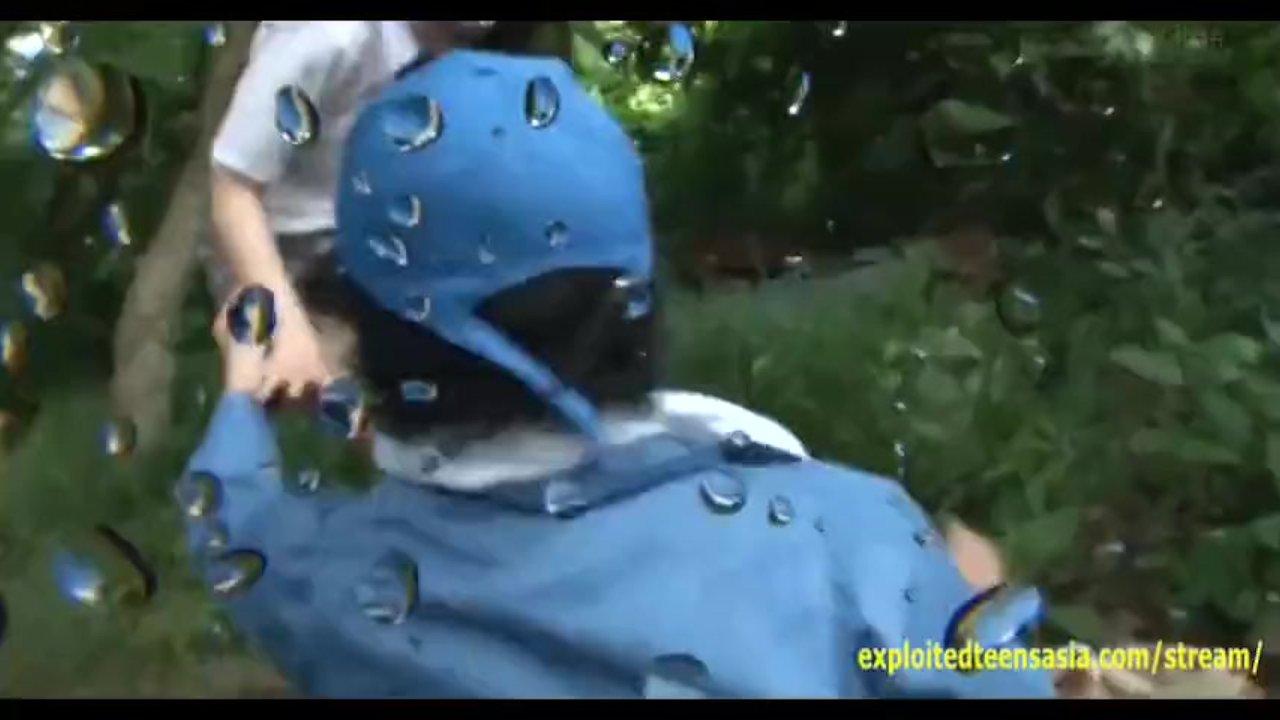 Jav (女子校生)schoolgirl Ambushed Taking A Piss - RedTube