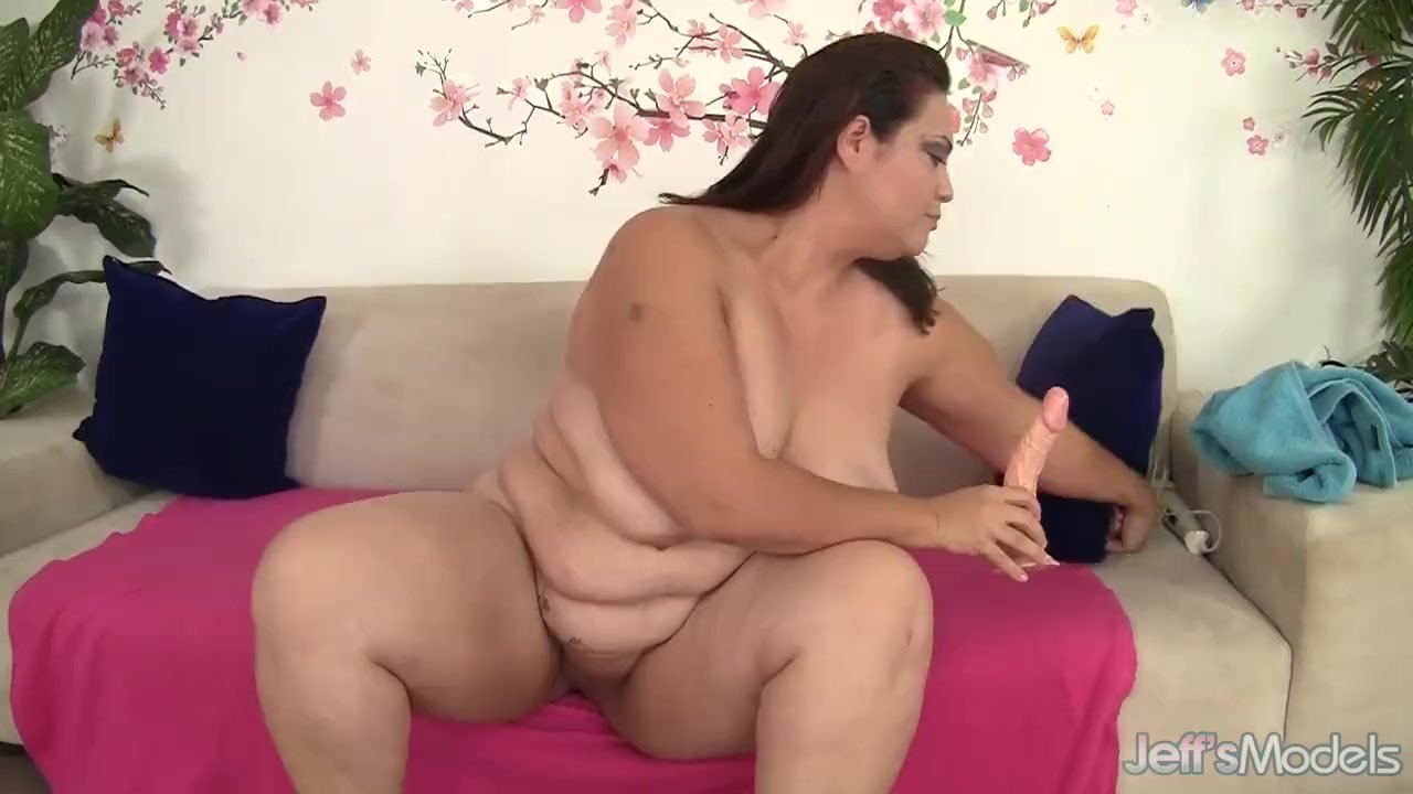 Fat Latina Mom Angelina Switches Between Dildo And -1938