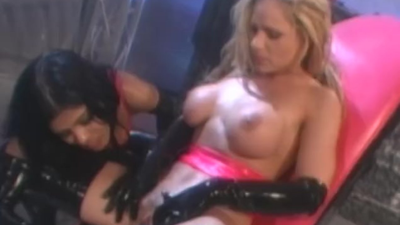 Busty blond lesbian spreads her legs for didlo and fingers