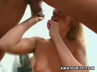 Amateur MILF fucked with huge facial cumshot