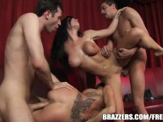 Two lesbian stripper sisters get shared – brazzers