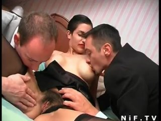 Hairy french slut gets double anal plugged