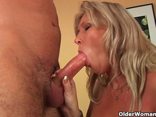 Mature soccer mom with big tits gets fucked