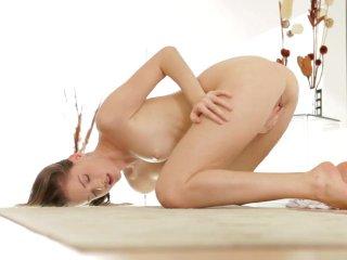 Nubile Films – Amateur makes her pussy cum