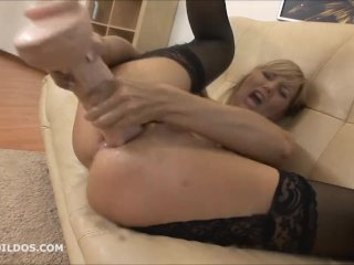 Amazing milf gaping her ass with a huge dildo