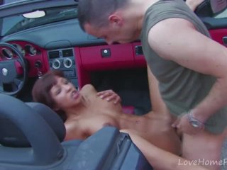 Curvy Brunette Fucked Hard In The Car