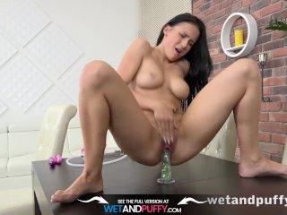Wetandpuffy – Big juicy pussy