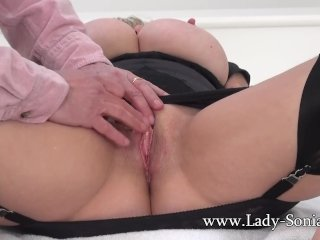 Lady Sonia Gets Her Creamy Pussy Fingered and Toyed