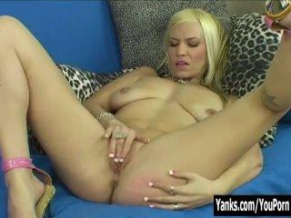 Yanks Xana Star Sucking On Her Big Tits