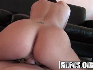 MOFOS – Hot gf ,Tiffany Brookes, Sucks cock POV